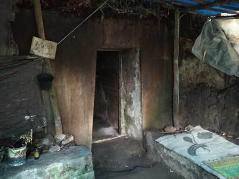 tangkuban-perahu-mountain-dark-cave